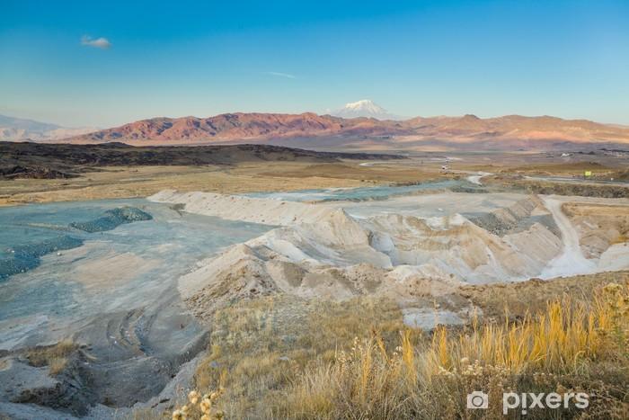 Naklejka Pixerstick Kolorowe góry i mt Ararat - Bliski Wschód