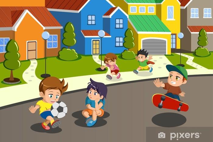 Naklejka Pixerstick Dzieci bawiące się na ulicy podmiejskiej dzielnicy -