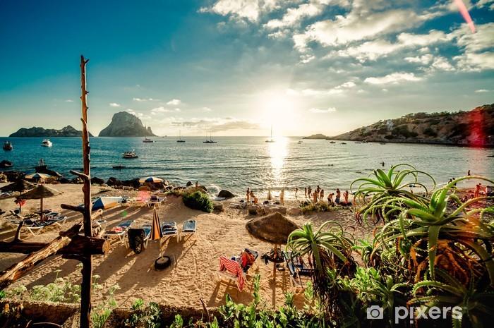 Pixerstick Sticker Uitzicht van Cala d'Hort strand, Ibiza - Thema's
