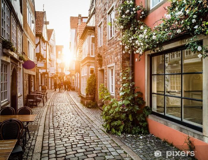 Fotomural Estándar Schnoorviertel histórico al atardecer en Bremen, Alemania - Alemania