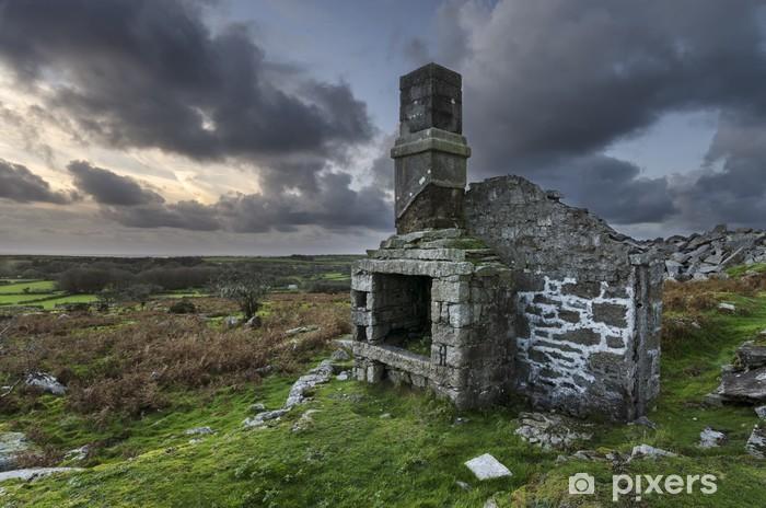 Fototapeta winylowa Ruiny w zmierzchu - Europa