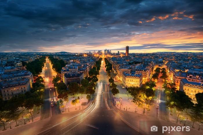 Papier peint vinyle Vue imprenable de nuit Paris - Monuments