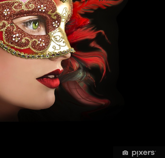 Sticker Pixerstick Close up portrait de femme dans le masque rouge. - Femmes