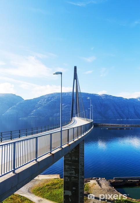 Fototapeta winylowa Most w Norwegii - Europa
