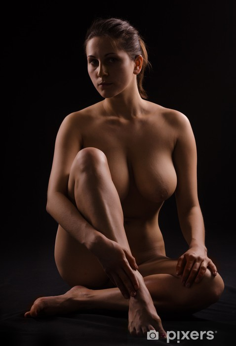 Vanhempi nainen perse alasti-8347