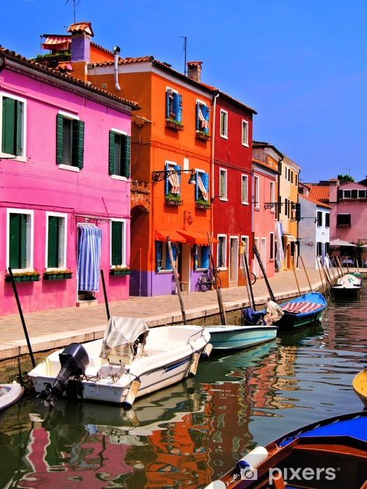 Fotomural Estándar Casas vibrantes pintadas de Burano, Venecia, Italia -
