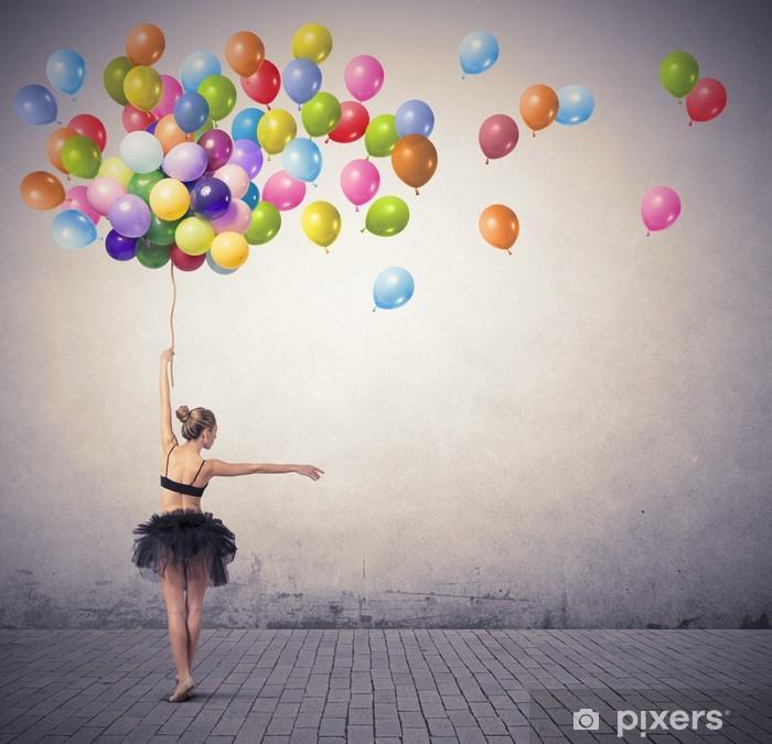 Fototapeta winylowa Tancerka z balonami - Tematy