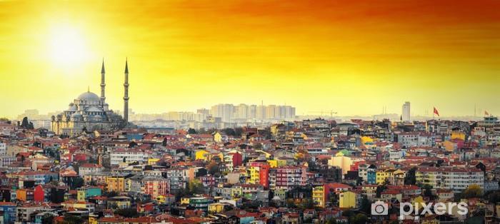 Fotomural Estándar Estambul Mezquita con colorida zona residencial en la puesta del sol - Oriente Medio