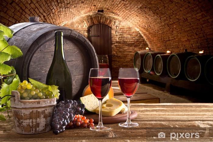 Papier peint vinyle Bouteille de vin et des verres sur la table en bois - Styles