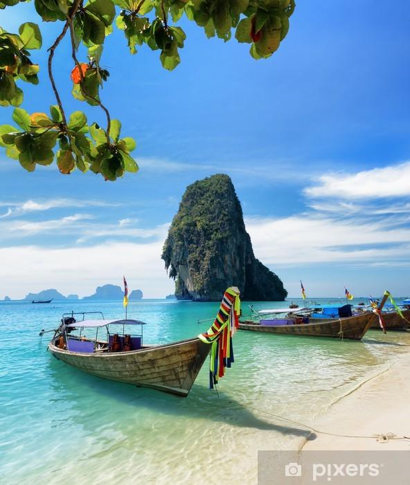 Papier peint vinyle Bateaux thaïlandais sur Phra Nang Beach, Thaïlande - Asie