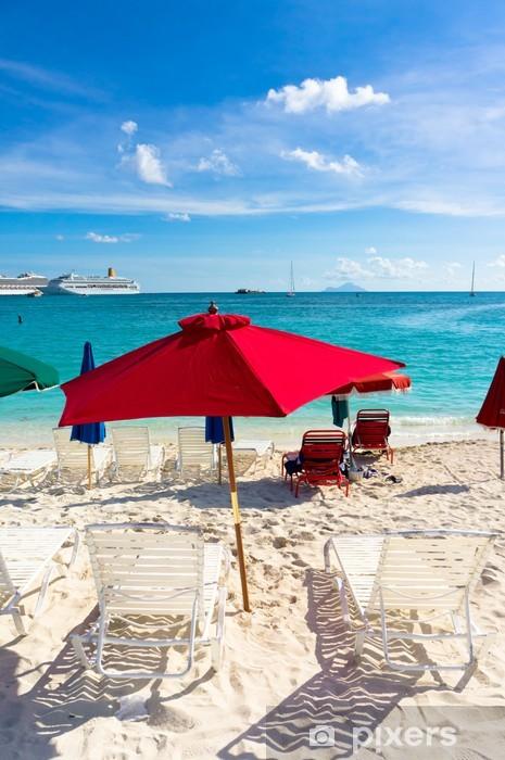 Naklejka Pixerstick Piękna plaża w Philipsburg, Saint Martin, Wyspy Karaibskie - Ameryka