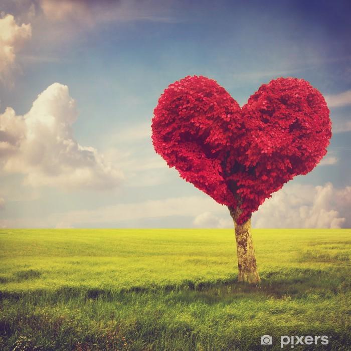 Vinilo Pixerstick árbol Rojo Forma De Corazón En Una Pradera Más De