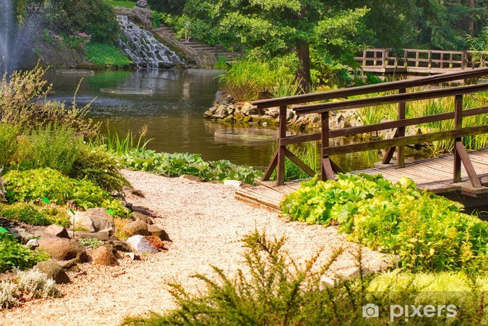 Sticker pour porte Pont japonais traditionnel dans le jardin japonais