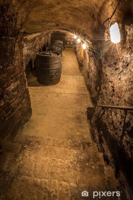 Fototapeta winylowa Ołów w starej winiarni - Przemysł ciężki