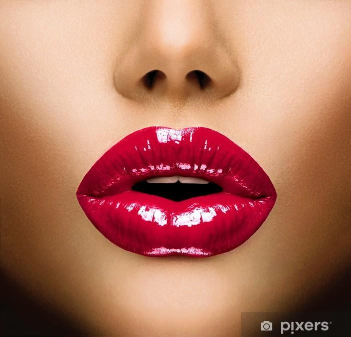 Papier peint vinyle Lèvres sexy. Belle Gros plan maquillage. Baiser - iStaging