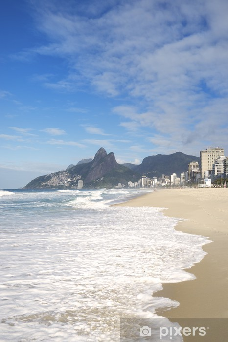 Naklejka Pixerstick Rio de Janeiro Ipanema Beach Mountain Brazylia Two Brothers - Miasta amerykańskie