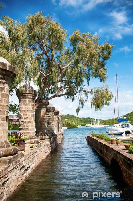 Vinyl Fotobehang Nelson's Dockyard in de buurt van Falmouth, Antigua, het Caribisch gebied - Amerika