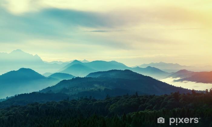 Zelfklevend Fotobehang Zonsondergang in de bergen - Landschappen