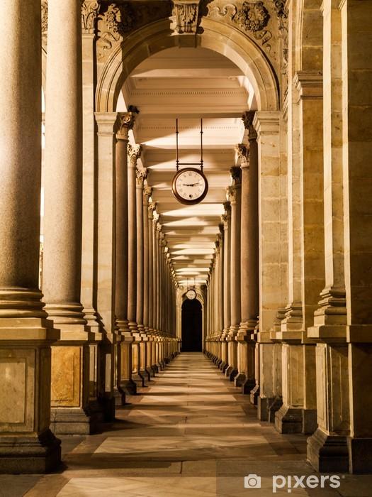 Fotomural Estándar Columnata del Molino en la noche - Praga