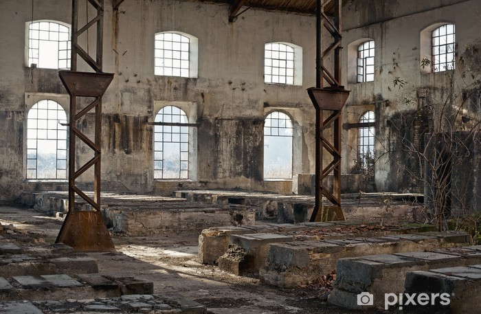 Papier peint vinyle Ancien bâtiment industriel plein de fenêtres - Temps