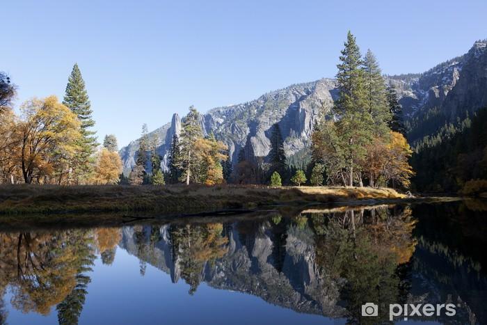 Naklejka Pixerstick Rzeka Merced Yosemite - Pory roku