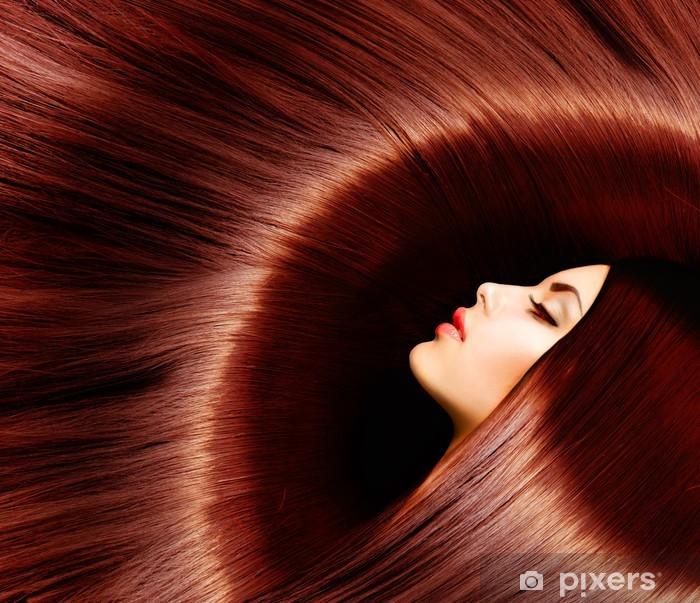 Fototapeta winylowa Zdrowe długie brązowe włosy. Kobieta brunetka - Moda