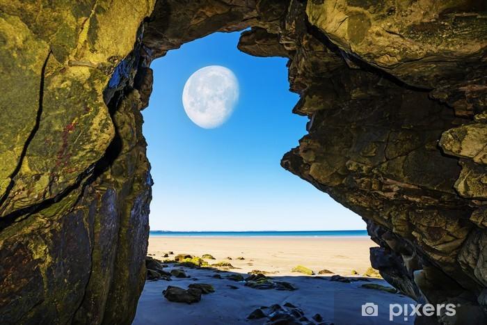 Pixerstick Dekor En grotta på en strand och måne - Vatten