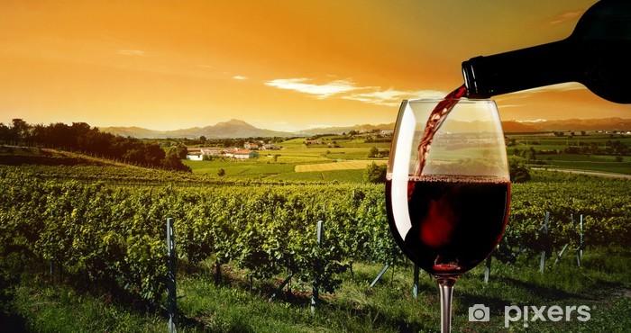 Fototapeta winylowa Lampka czerwonego wina - Tematy
