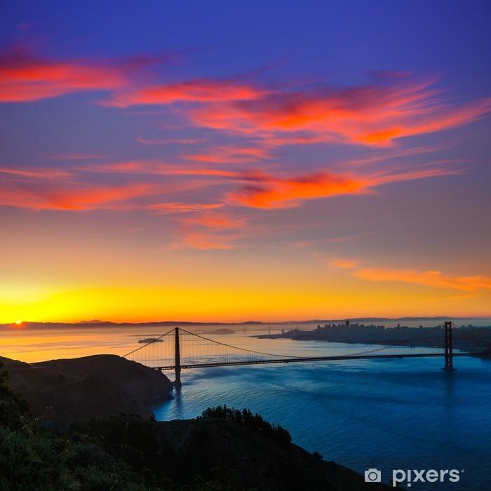 Fototapeta winylowa Golden Gate Bridge w San Francisco, wschód słońca, Kalifornia - Miasta amerykańskie