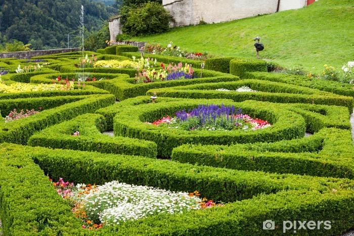 Vinylová fototapeta Zahrada Hedges a hrad Gruyere - Vinylová fototapeta