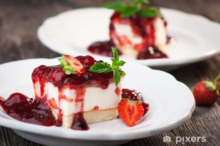 Vinyl-Fototapete Slice of leckeren Erdbeer-Käse-Kuchen - Themen
