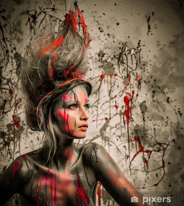 Sticker Pixerstick Jeune femme muse de l'art du corps créatif et coiffure - Styles