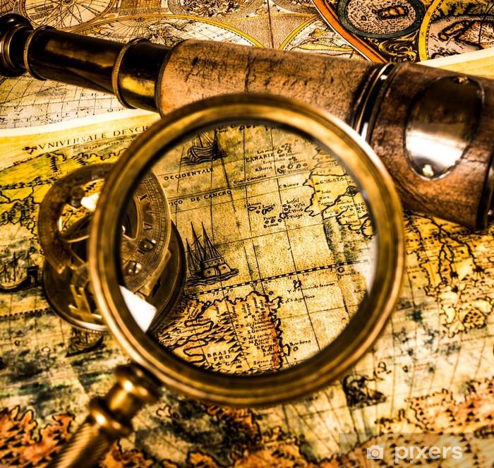 Fotomural Estándar Lupa Vintage se encuentra en un antiguo mapa del mundo - Temas
