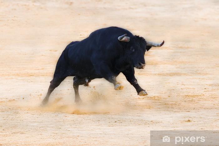 Fotomural Estándar Embestida del toro en la arena - Mamíferos