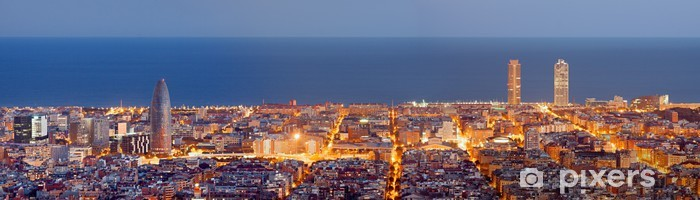 Pixerstick Sticker Barcelona skyline panorama bij het blauwe uur - Thema's