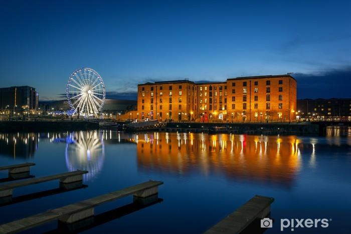 Fototapeta winylowa Albert Dock, Liverpool, Anglia - Europa