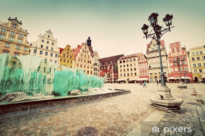 Papier peint vinyle Wroclaw, en Pologne. La place du marché avec la célèbre fontaine - Thèmes