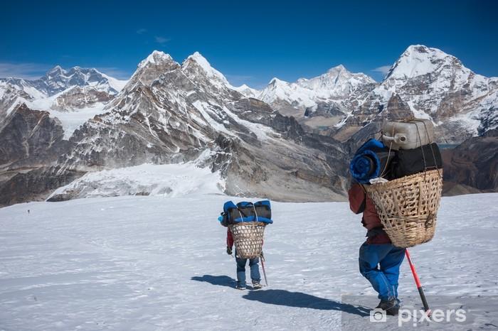 Sticker Pixerstick Porter transport de charges lourdes dans l'Himalaya du Népal - Thèmes