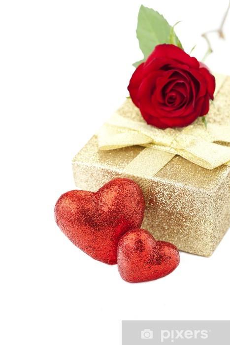 Fotomural Estándar Regalo de San Valentín, rosa roja y corazones rojos sobre fondo blanco - Celebraciones internacionales