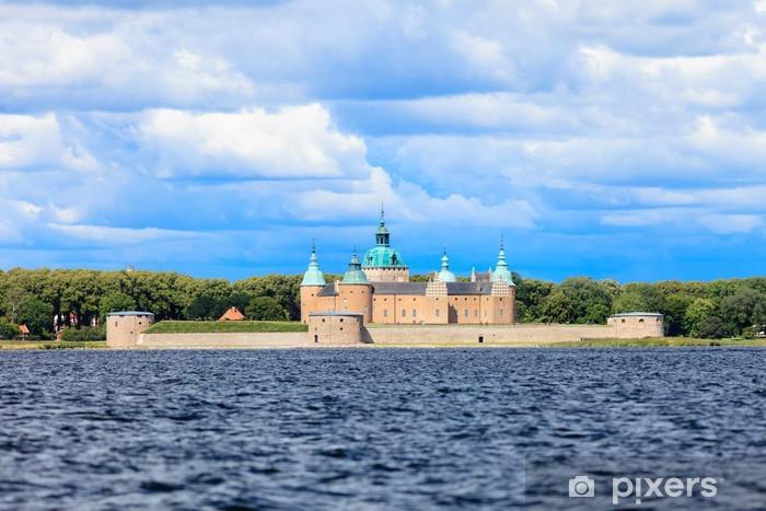Naklejka Pixerstick Zabytkowy zamek Kalmar w Szwecji Skandynawia Europa. Punkt orientacyjny. - Europa