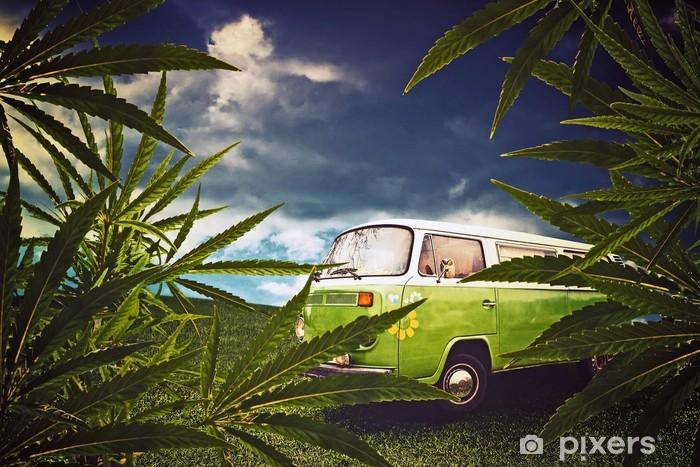Fototapeta winylowa Hippie van i liści marihuany - Nałogi