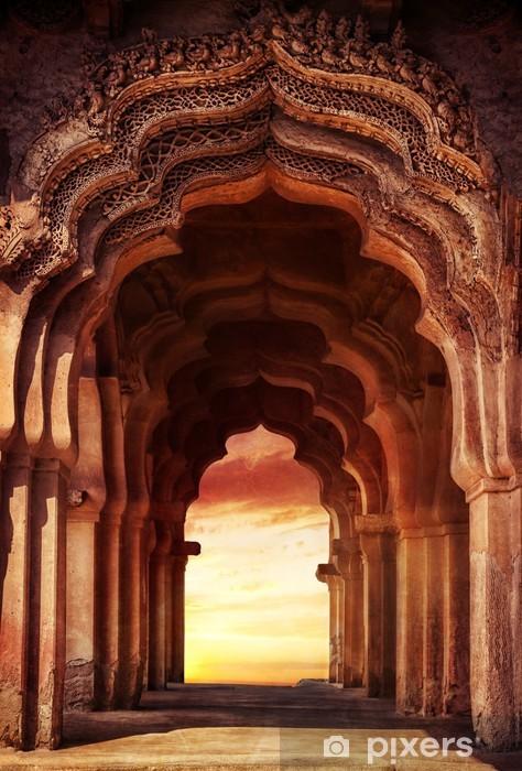 Papier peint vinyle Vieux temple en Inde - Thèmes
