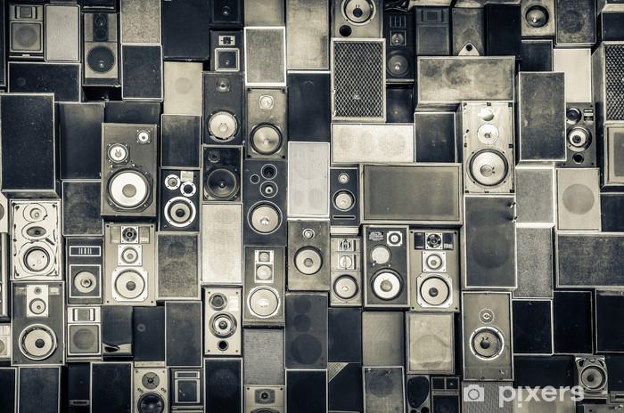 Pixerstick Sticker Muziek speakers aan de muur in zwart-wit vintage stijl - iStaging