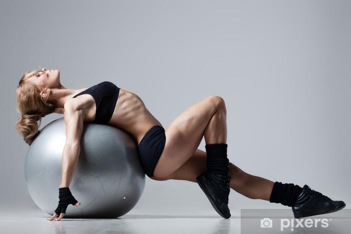 Fototapeta winylowa Fitness z siłownią piłkę - Przeznaczenia