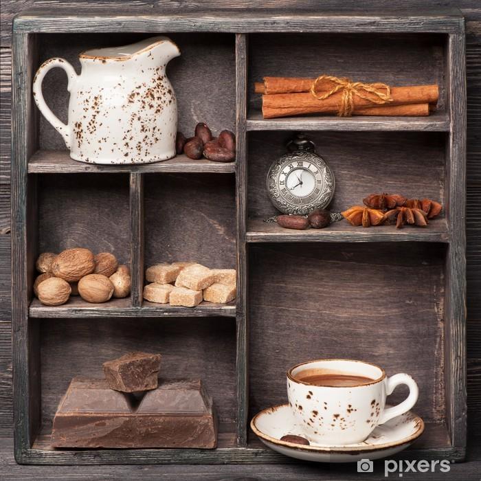 Afwasbaar Fotobehang Warme chocolademelk en specerijen. Vintage set in houten doos. Сollage - Thema's