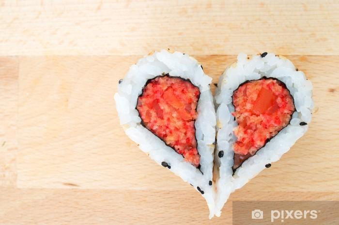 Papier peint vinyle Deux morceaux de sushi formant la forme de coeur - Sushi