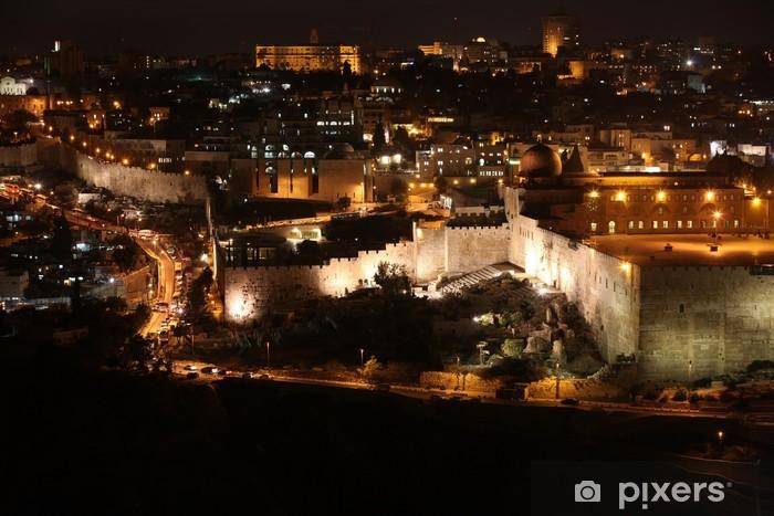 Vinilo Pixerstick Noche en ciudad vieja de Jerusalén, el Monte del Templo con la mezquita de Al-Aqsa, v - Construcciones particulares