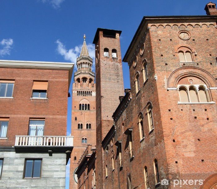 Adesivo Pixerstick Grattacieli medievali nel centro storico di Cremona, Italia - Europa