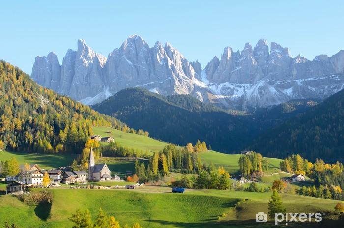 Sticker Pixerstick Village avec Dolomites fond - Europe
