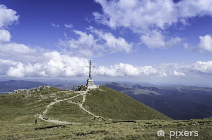 Papier peint vinyle Sentier rocailleux dans les montagnes en été - Montagne
